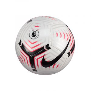 Nike Strike - Premier League - Skills